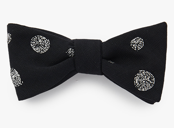 Image of Threaded Circle Bowtie