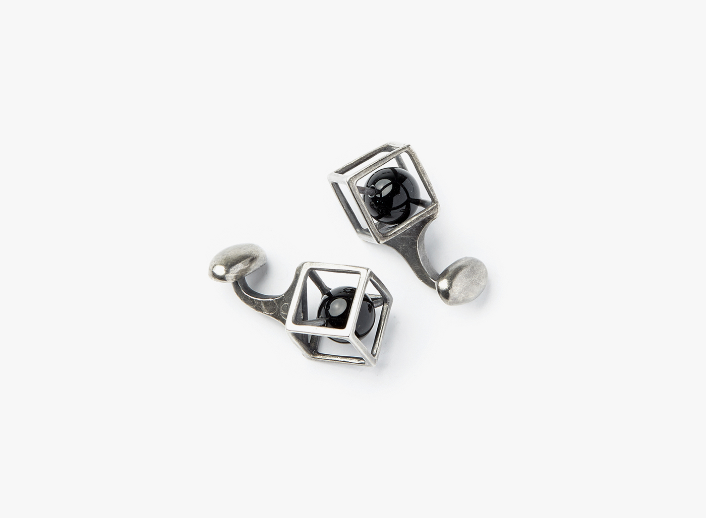 Image of Large Onyx In Cube Cufflinks