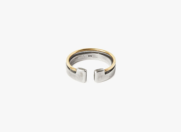 Image of 15GA 18k Gold Wire to Solid Ring