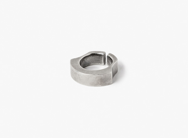 Image of Curved Sterling Ring 055